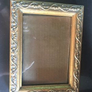 Other - Antique Style Gold Gilt Picture Frame with Glass